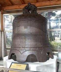 인천시립박물관에 전시된 청나라 범종